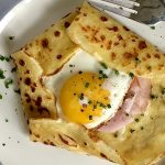savory crêpes with ham and cheese