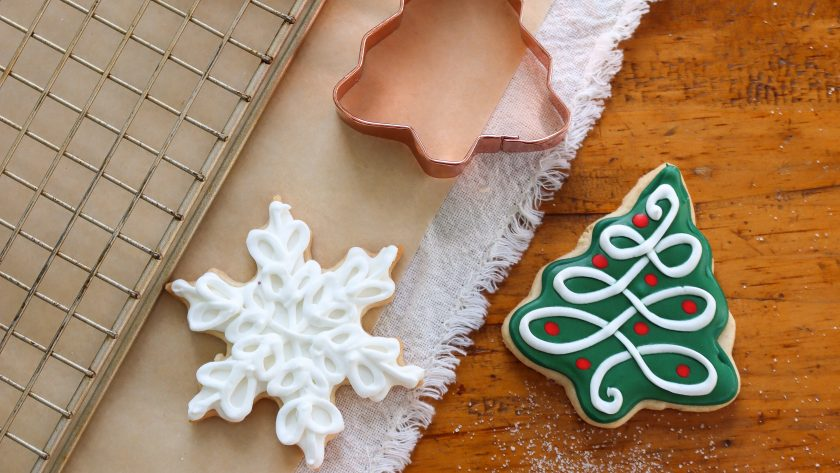 A Christmas Craft for some Decorated Christmas Cookies with Royal Icing.